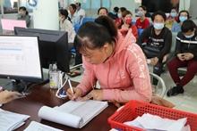 Long An Hồ sơ đề nghị hưởng trợ cấp thất nghiệp giảm 13